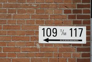 Bordje met huisnummers